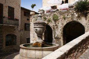 La fontaine de St-Paul